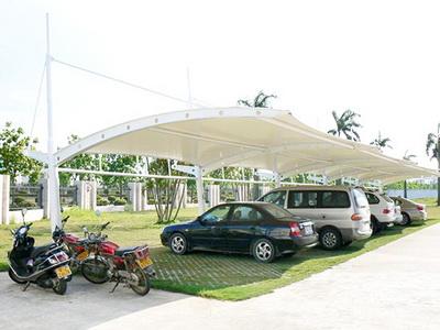 机动车膜结构停车棚价格,膜结构停车棚安装费用